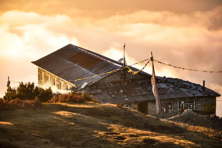 Trek de Tamang-Héritage – Langtang –Gosaikunda en 16 jours